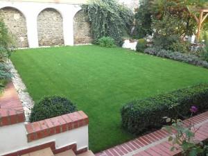 Hotové zahrady